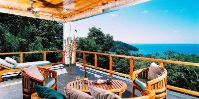Guest suite outdoor living area